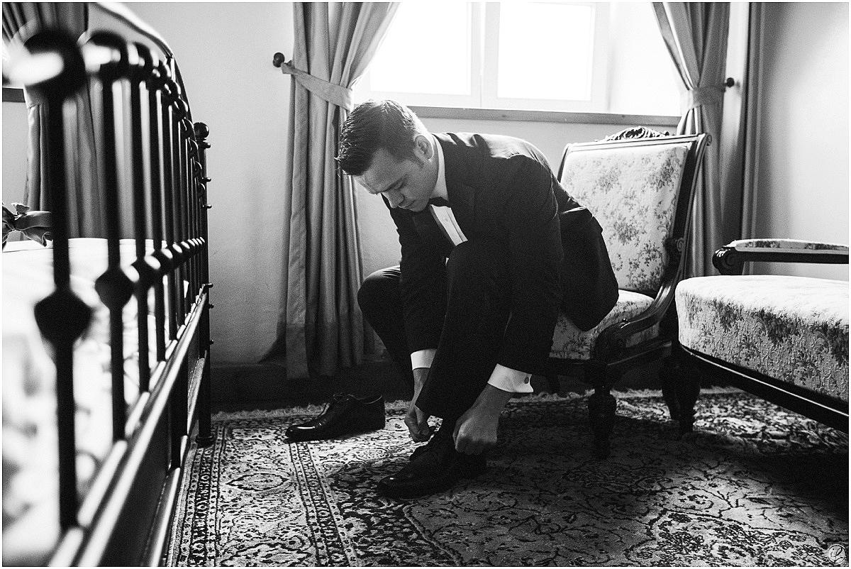 Hochzeit Schloss Neufahrn, Hochzeitsfotograf Schloss Neufahrn Niederbayernn, Hochzeitsfotograf München, Hochzeitsfotograf Landshut, Hochzeitsfotos Schloss Neufahrn Landshut, Hochzeitsfeier Schloss Neufahrn, Irina Lackmann Hochzeitsfotografin, Amerikanische Hochzeit, DIY Hochzeit, DIY Schloss Neufahrn, Brautkleid Pronovias, Gepräge Mangettenknöpfe, Hochzeitsfotos München, Freie Trauung Schloss Neufahrn